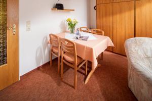 Ferienhaus Harmening FeWo 4 - Essecke